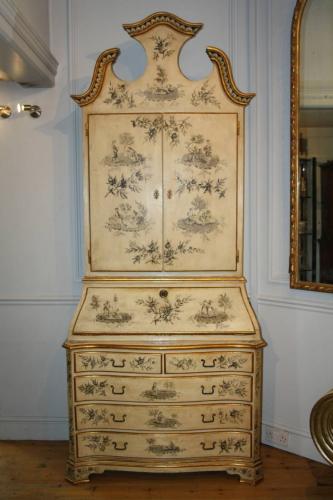 Handpainted Toile de Jouy bureau cabinet