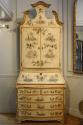Handpainted Toile de Jouy bureau cabinet - picture 2