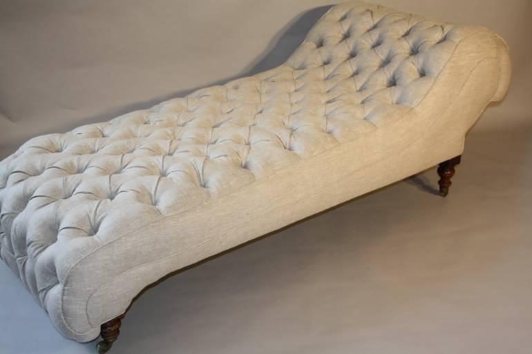 C19th buttoned day bed