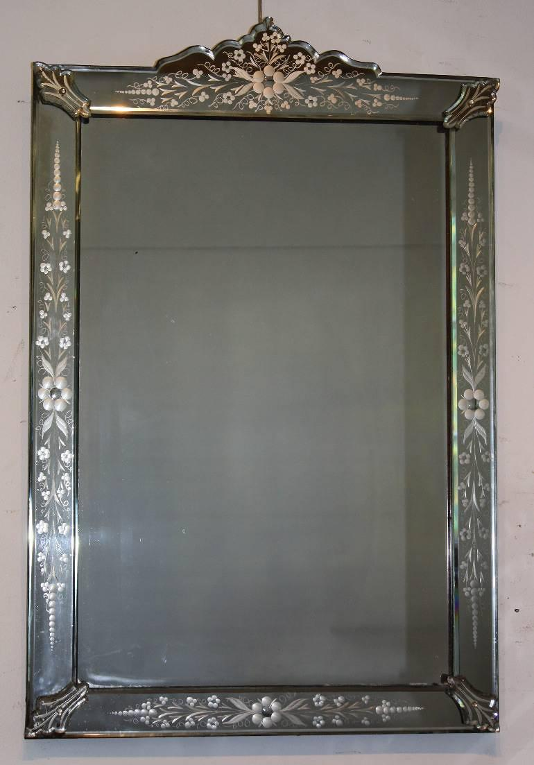 A beautifully etched antique portrait Venetian mirror, C19th