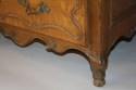 C18th carved Oak chest of drawers - picture 6