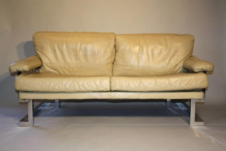 Pieff Mandarin leather sofa