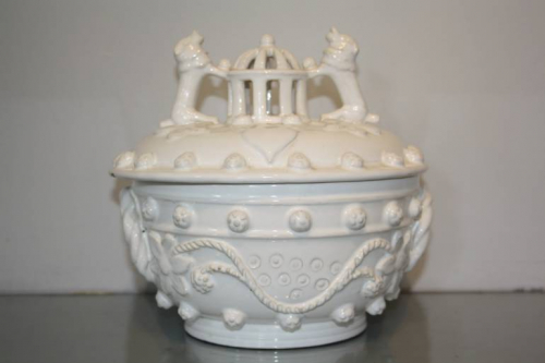 A 19thC white glazed ceramic pot with lid