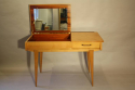 Herringbone veneered wood dressing table - picture 3