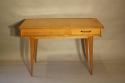 Herringbone veneered wood dressing table - picture 5
