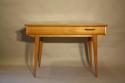 Herringbone veneered wood dressing table - picture 7