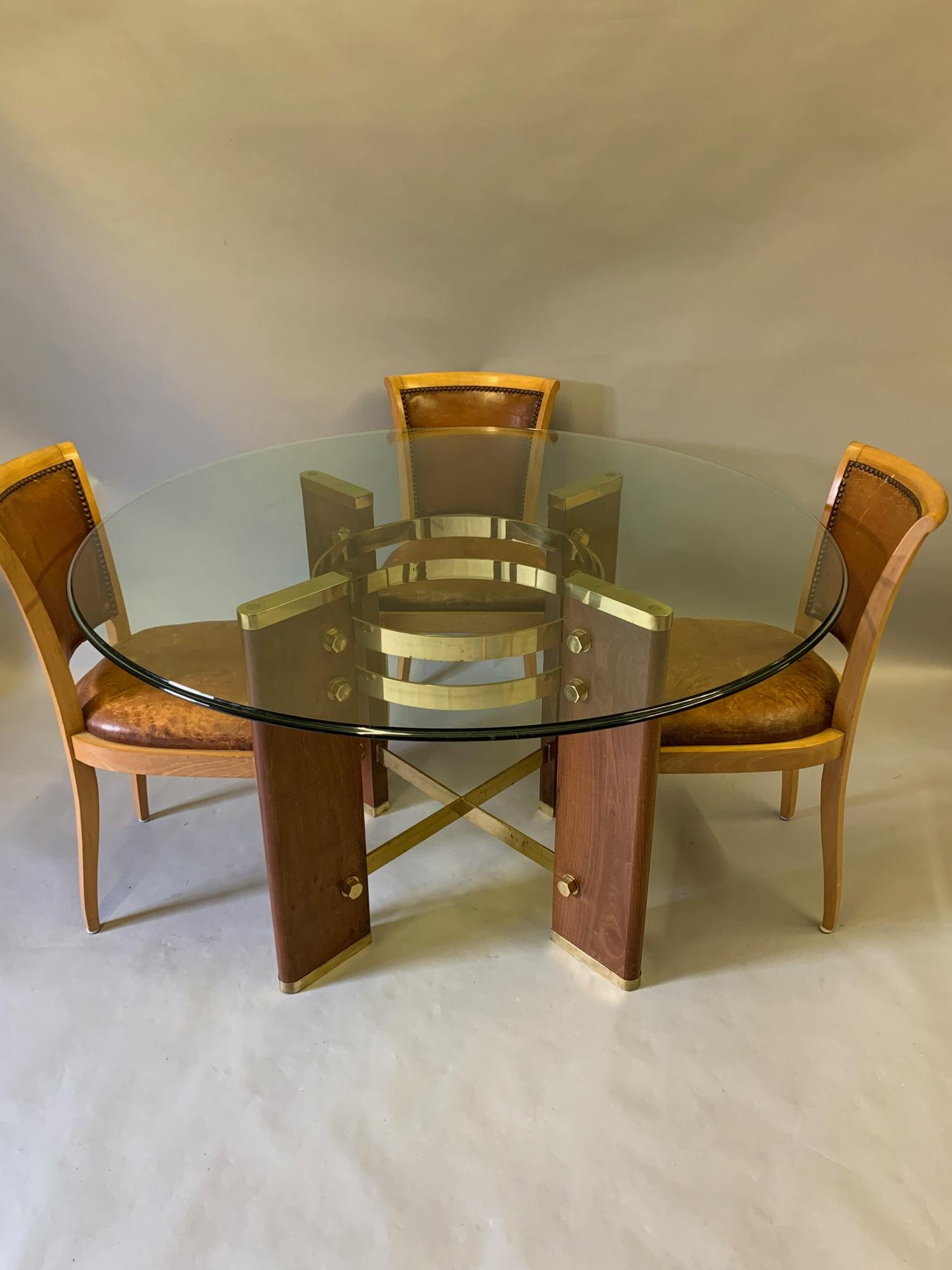 Circular dining/centre table