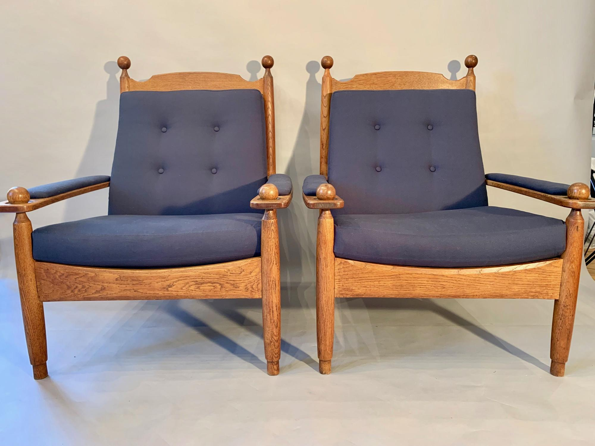 Pair of Oak framed easy chairs