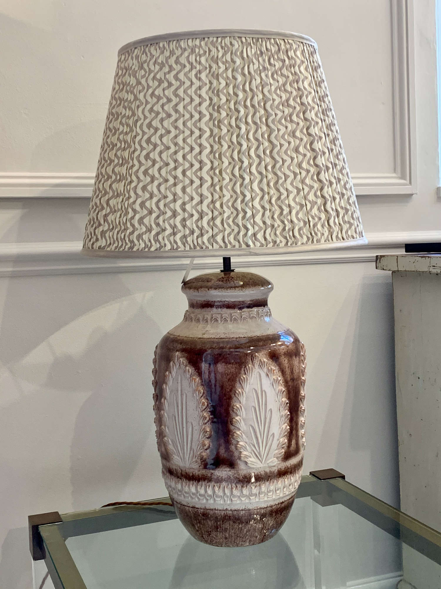 Vintage sgraffito earthenware table lamp