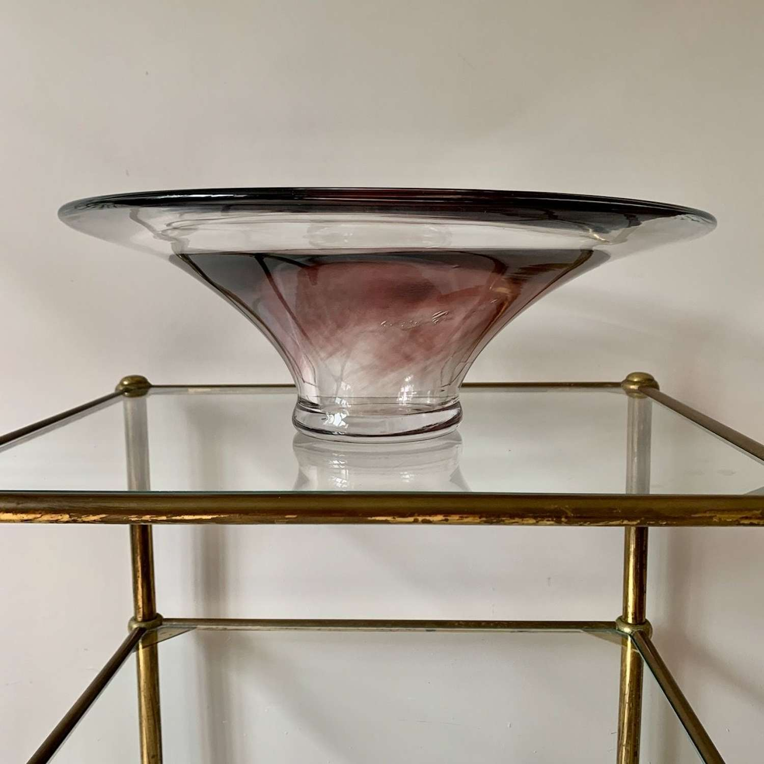 Glass bowl with aubergine inner