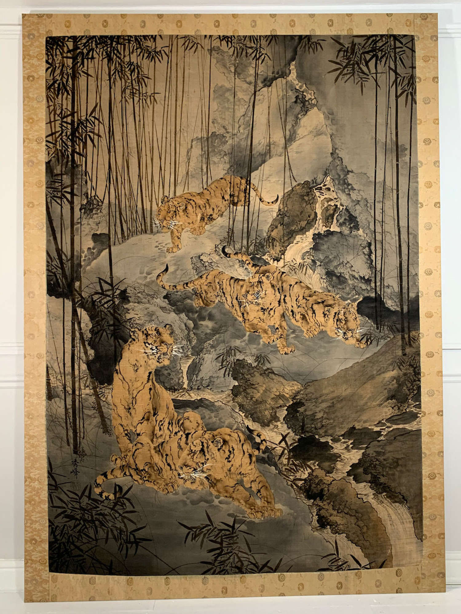 Huge Japanese Meiji yuzen birodo textile of tigers